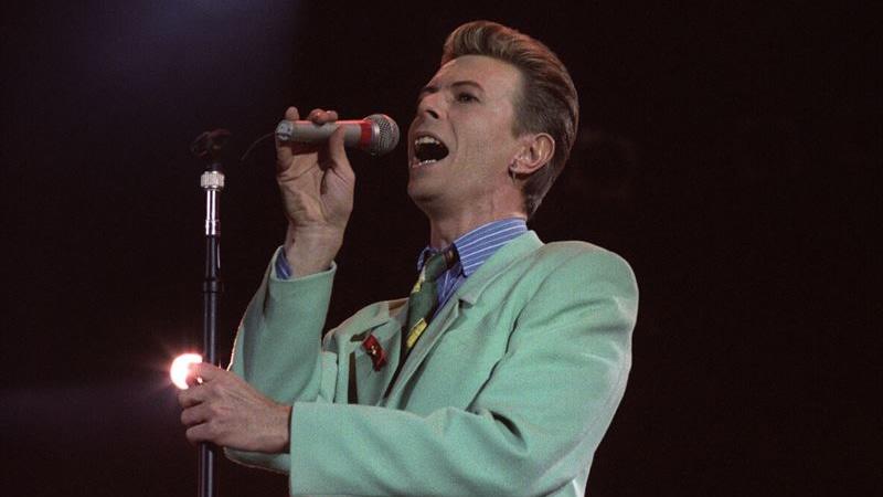 A Rey muerto, Rey puesto: el éxito de David Bowie se dispara en Internet