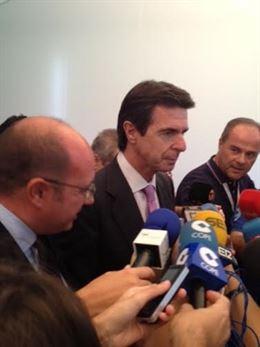 Soria pide a Volkswagen toda la información necesaria para determinar el alcance del problema en España