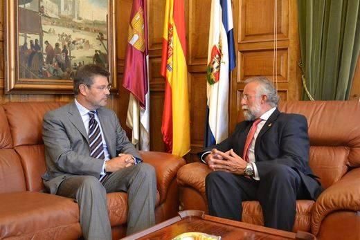 El ministro de Justicia compromete una partida de los Presupuestos del Estado para ampliar los juzgados de Talavera