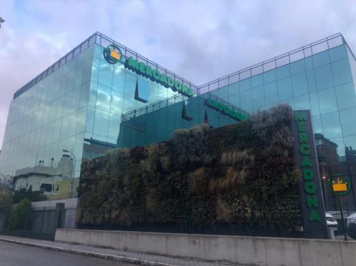 Mercadona inaugura su nuevo modelo de tienda eficiente en el centro de Asura en Madrid