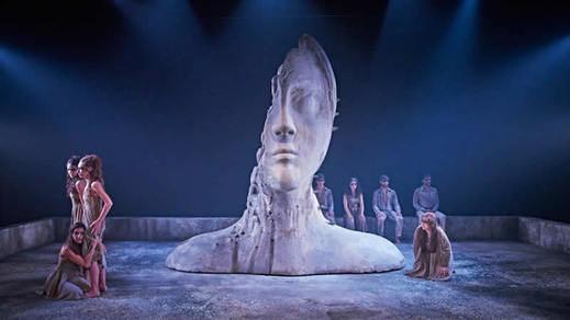 Crítica de la obra de teatro 'Troyanas': toda humillación con ellas es poca