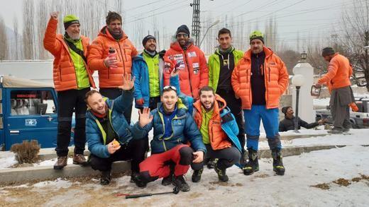 Alex Txikon, el alpinista que le planta cara a la Montaña Salvaje en invierno