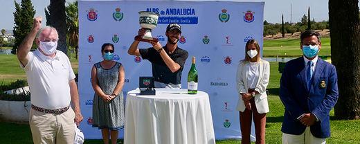 Lucas Vacarisas se alza con el Alps de Andalucía donde logra su primera victoria profesional rodeado de españoles