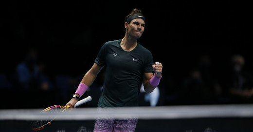 Nadal se apunta a las semifinales de la Copa de Maestros tras superar a Tsitsipas
