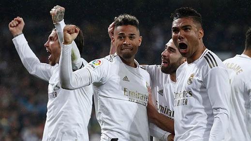 El Madrid encontró en El Clásico la fuerza, la suerte y los goles perdidos (2-0)
