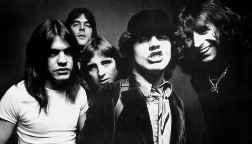 Dioses del ruido: el posible fichaje de Axl Rose en AC/DC