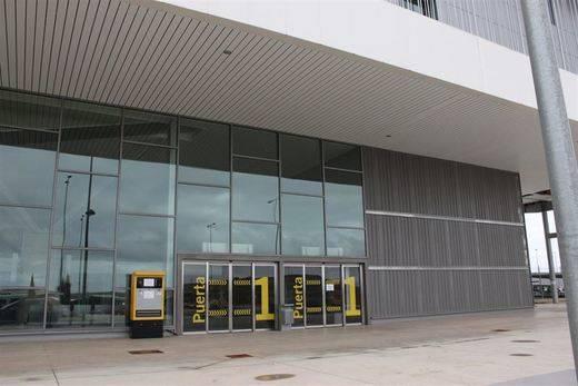 Dos días de prórroga para que la administración concursal del aeropuerto de Ciudad Real valore las ofertas