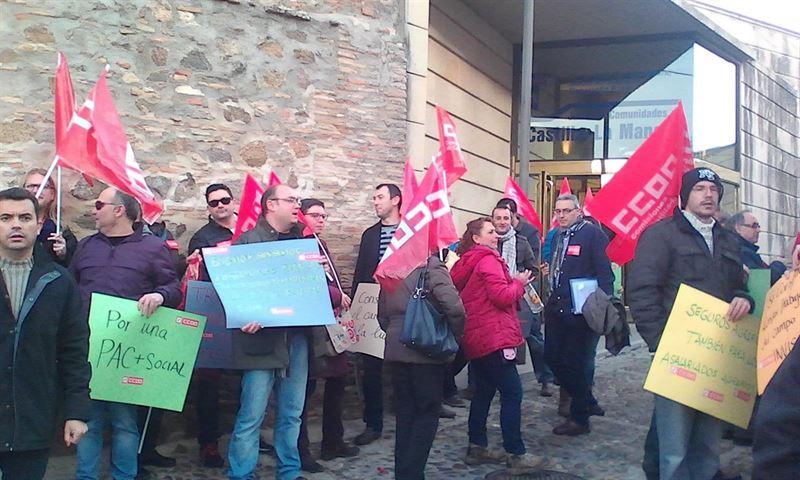 CCOO exige un 'trato equivalente' para todos los trabajadores agrarios