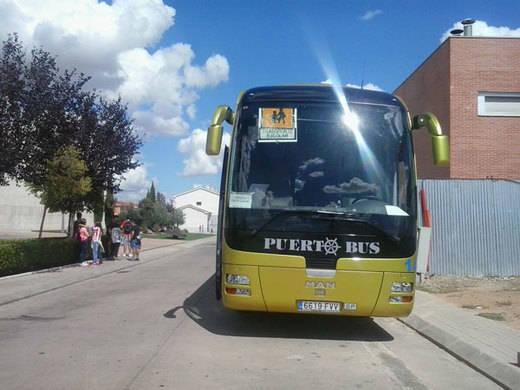 IU pide recuperar la gratuidad del transporte escolar para estudiantes de Bachillerato y FP