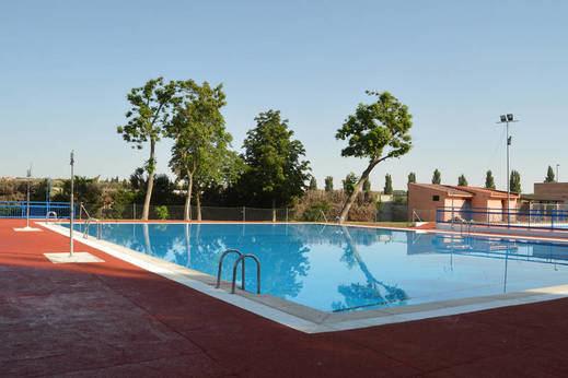 Azuqueca abre este sábado la temporada de baños en la piscina de verano