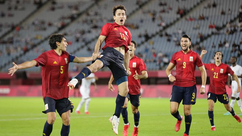España sobrevive en el minuto 92, termina ganando 5-2 y alcanzando las semifinales