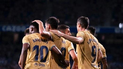 El Barça gana al Nápoles sin el brillo de sus mayores estrellas (2-1)