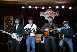 Los Beatles 'vuelven' a Las Ventas medio siglo despu�s de la mano de sus mejores imitadores