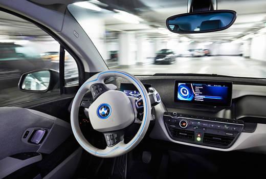 BMW busca empresas tecnológicas para posicionarse en conducción autónoma