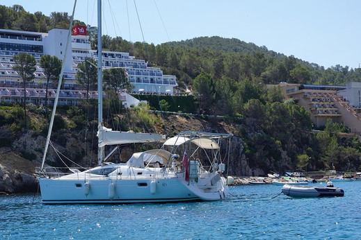 Vacaciones en Ibiza con Barco de lujo