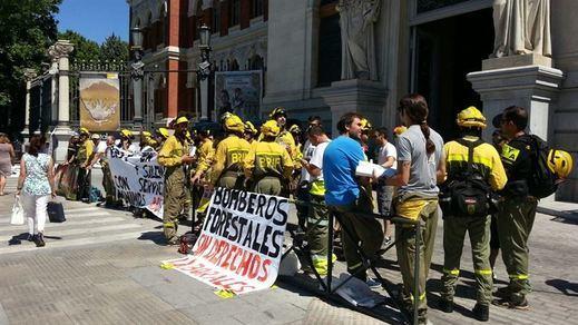 Las Brigadas de Refuerzo de Incendios Forestales inician una huelga