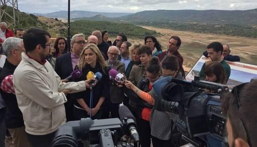 El PSOE visita una cabecera del Tajo con una situación