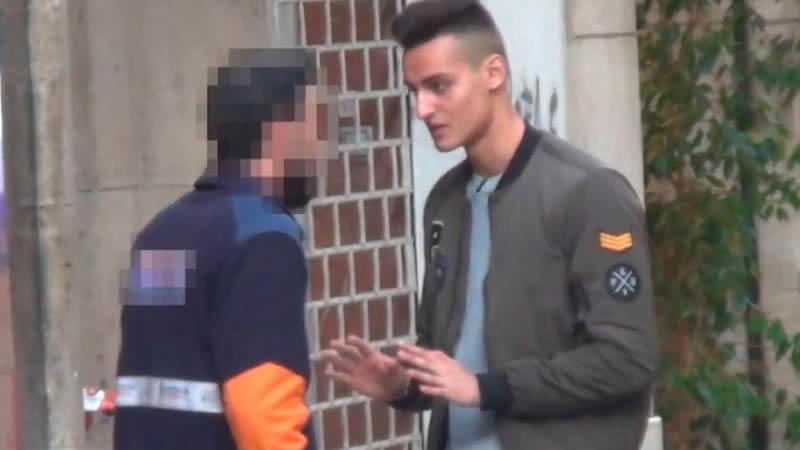 El 'show' del youtuber agredido: las redes se posicionan a favor o en contra del joven agitador