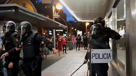 Indignación por las imágenes de las cargas policiales en las protestas por el asesinato de Samuel