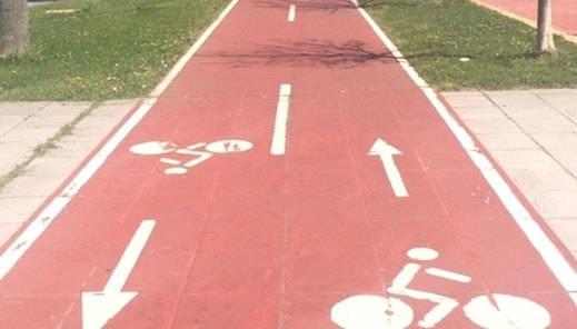 Fomento quiere crear una red de carriles bici en las cinco capitales de provincia