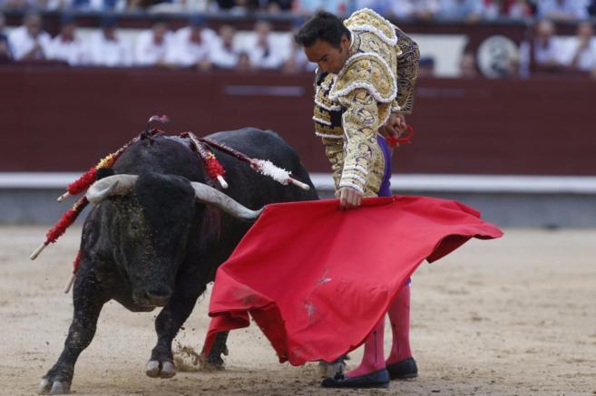 El Cid muletea al primero de sus toros