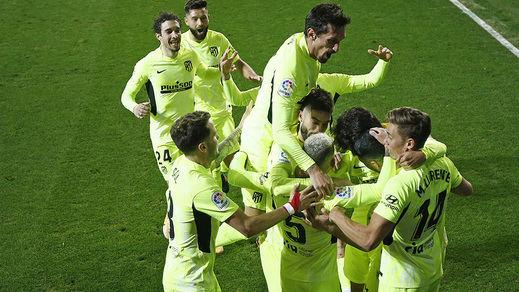El Atleti, más líder aún tras ganar en Eibar (1-2): ya son 7 puntos de ventaja