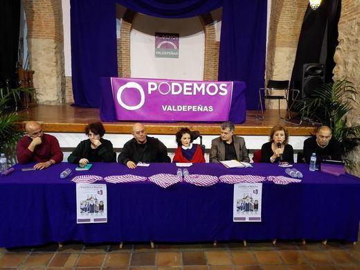Podemos presenta en Valdepeñas sus ideas sobre sanidad, medio rural y participación ciudadana
