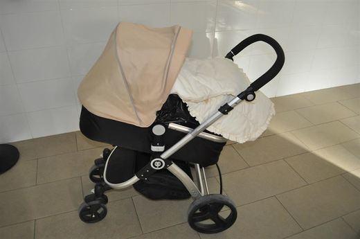 Robaban y ocultaban la mercancía en un carrito de bebé