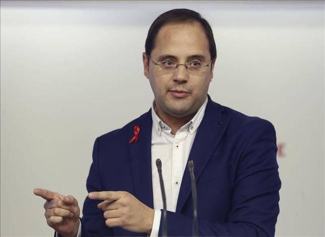 C�sar Luena: el partido de Albert Rivera