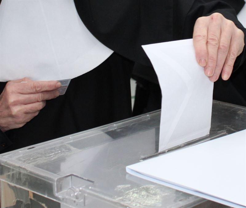 Encuesta CIS: El PP obtendría entre 10 y 11 escaños en Castilla-La Mancha, el PSOE entre 6 y 7, y Ciudadanos 5
