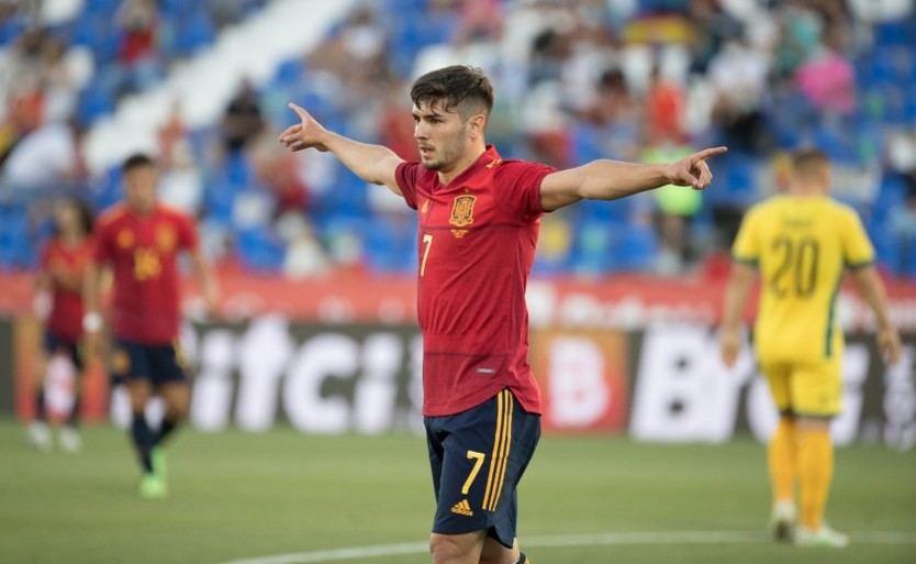 Luis Enrique 'retiene' a 11 jugadores de la sub-21 ante la posible extensión del brote de coronavirus