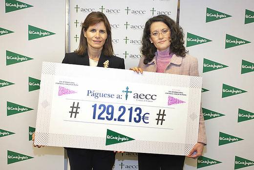 El Corte Inglés entrega a la Asociación Española contra el Cáncer un cheque por valor de 129.213 euros