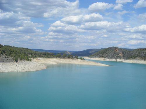 Guadalajara dispondrá de siete zonas autorizadas para el baño este verano