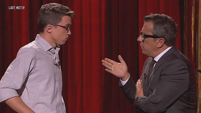 Errejón irrumpe por sorpresa durante un chiste de Buenafuente sobre el diputado
