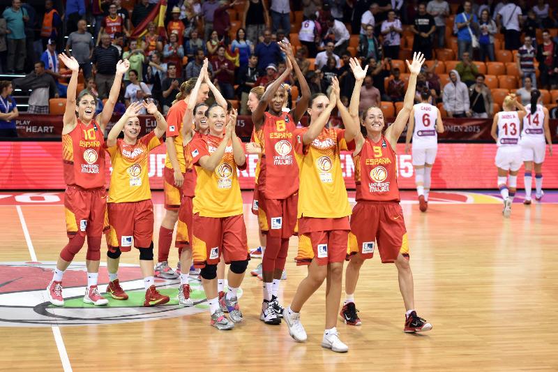 Eurobasket 2015: la hora de la verdad para nuestras 'chicas de oro', que ante Montenegro se juegan los cuartos... de final