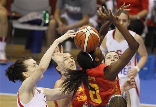 Eurobasket: las 'chicas de oro' vapulean a Croacia y se postulan más por el título (95-52)