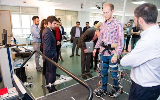 El Hospital Nacional de Parapléjicos, volcado en el desarrollo de exoesqueletos