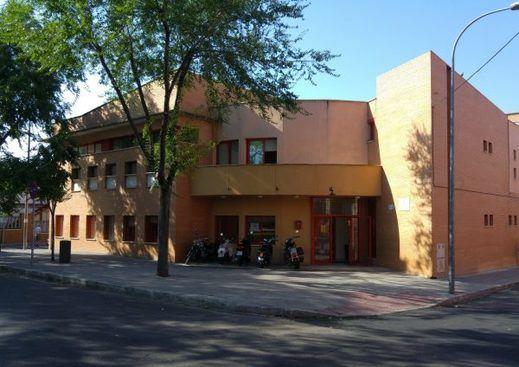 La Escuela Municipal de Idiomas inicia el proceso para optar a una de las becas que este curso oscilarán entre los 95 y los 181 euros