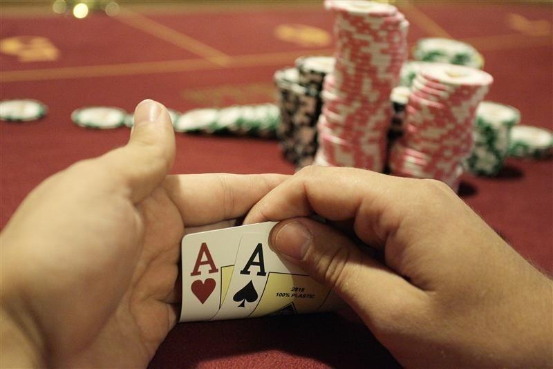 Los deportistas y famosos son fans del póker