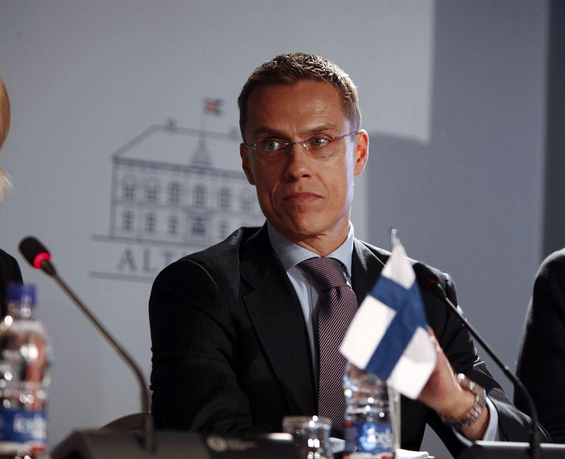 El ministro de Economía de Finlandia dice que la mitad del Eurogrupo se opone al tercer rescate de Grecia