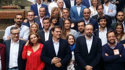 Albert Rivera: El PP ya no tiene proyecto político y el PSOE no tiene un proyecto sino 17