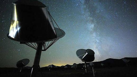 Buscan oficialmente una señal que podría ser de extraterrestres en una estrella de nuestra galaxia