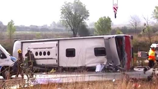 El conductor del autobús accidentado en Tarragona pudo quedarse dormido al volante