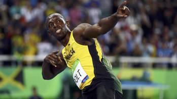 Usain Bolt vuelve a reinar de manera insultante en los 200 metros y ya tiene 8 medallas de oro