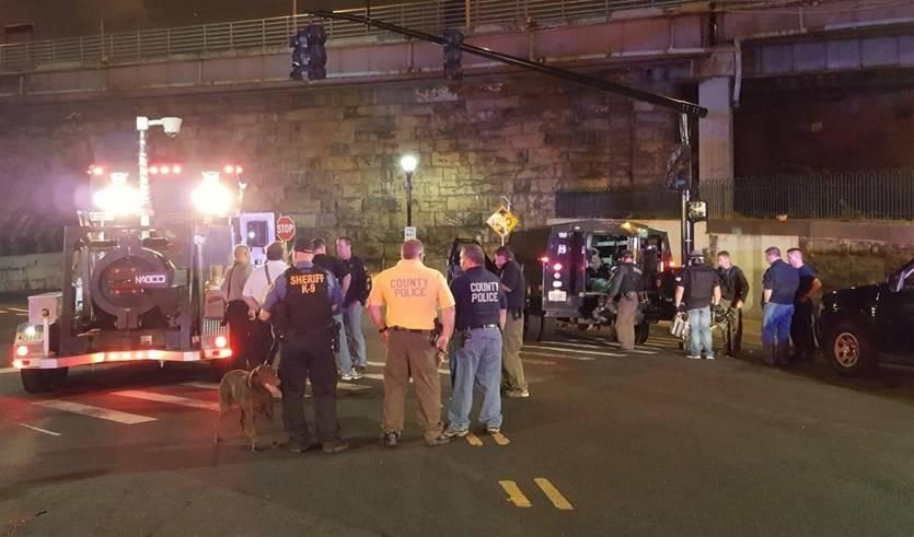 Más histeria en EEUU: explotan de forma controlada en Nueva Jersey un paquete sospechoso