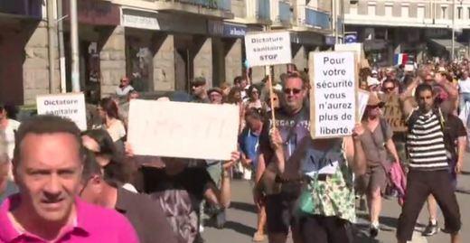 Manifestaciones multitudinarias en Francia contra la