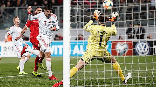 Morata y una España llena de pruebas en el once se impone a Malta con un suave 0-2