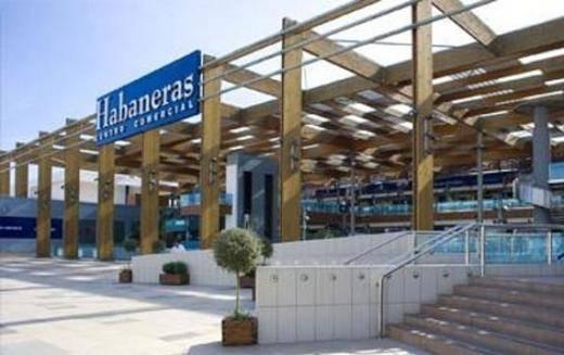 Los precios en el Centro Comercial Habaneras se derriten