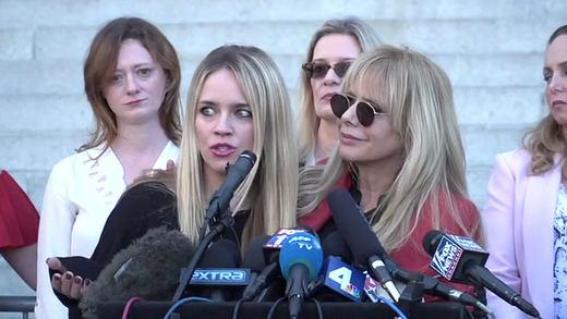 Las actrices que acusan a Weinstein esperan la cadena perpetua en el nuevo juicio