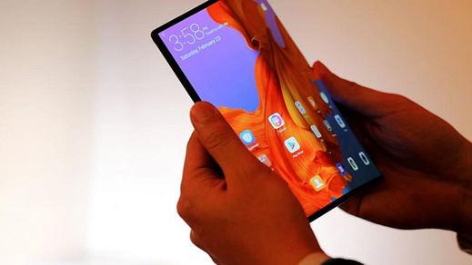 El móvil revolucionario: el Huawei Mate X es plegable y se hace doble